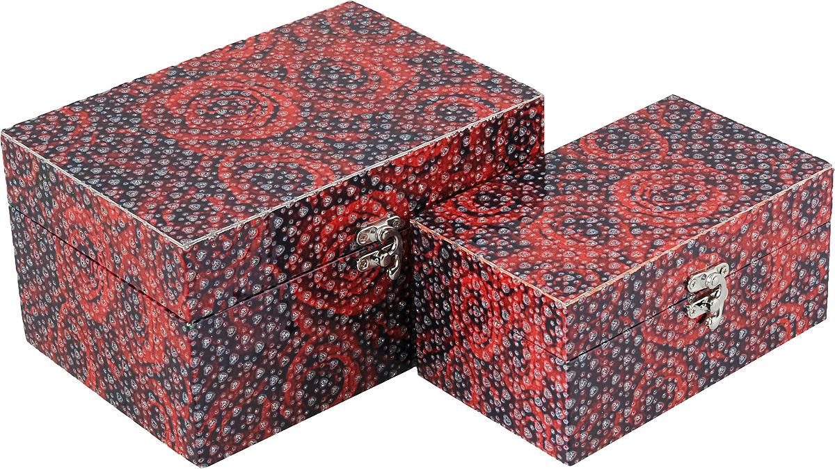Набор декоративных шкатулок Bestex Розы, 2 шт7717214Набор декоративных шкатулок Bestex Розы идеально подойдет для хранения бижутерии, принадлежностей для шитья, различных мелочей и безделушек. Шкатулки выполнены из МДФ, дополнены цветочным принтом и тиснением в виде сердечек с блестками. Шкатулки закрываются на металлический курковый замок. Такой набор станет отличным подарком человеку, ценящему необычные и стильные аксессуары. Размер шкатулок: 18 х 11 х 9 см; 22 х 15 х 12 см.