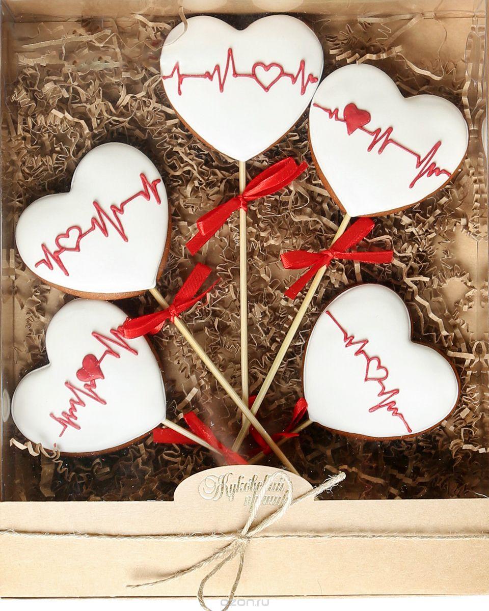 Жуковский пряник Подарочный набор Ритм любви, 5 шт0120710Медово-имбирный пряник с росписью из айсинга, фотопечатью на сахарной бумаге. Отличный подарок для любимых. Без ГМО.
