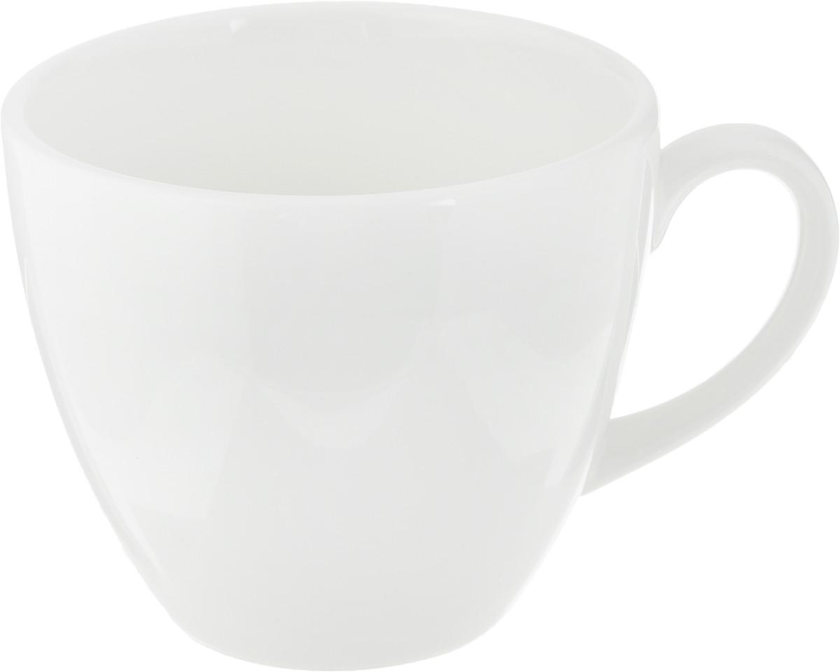 Чашка чайная Ariane Прайм, 200 млVT-1520(SR)Чашка Ariane Прайм выполнена из высококачественного фарфора с глазурованным покрытием. Изделие оснащено удобной ручкой. Нежнейший дизайн и белоснежность изделия дарят ощущение легкости и безмятежности.Изысканная чашка прекрасно оформит стол к чаепитию и станет его неизменным атрибутом.Можно мыть в посудомоечной машине и использовать в СВЧ.Диаметр чашки (по верхнему краю): 8,2 см.Высота чашки: 7 см.