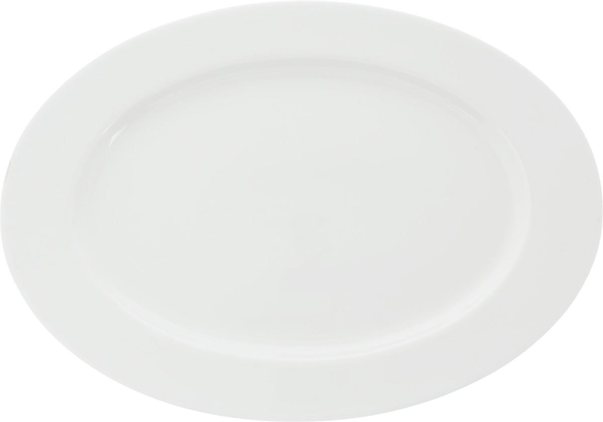 Блюдо Ariane Прайм, овальное, 46 х 32 смAPRARN15045Сервировочное блюдо Ariane Прайм, изготовленное из высококачественного фарфора, прекрасно подойдет для подачи нарезок, закусок и других блюд. Белоснежное изделие украсит сервировку вашего стола и подчеркнет прекрасный вкус хозяйки. Можно мыть в посудомоечной машине и использовать в СВЧ. Размер блюда (по верхнему краю): 46 х 32 см. Высота блюда: 3 см.