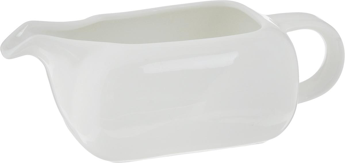 Соусник Ariane Vital Square, 250 млAVSARN32025Соусник Ariane Vital Square изготовлен из высококачественного фарфора, покрытого глазурью. Изделие предназначено для сервировки соусов, снабжено удобным носиком и ручкой. Такой соусник пригодится в любом хозяйстве, он подойдет как для праздничного стола, так и для повседневного использования. Изделие функциональное, практичное и легкое в уходе. Можно мыть в посудомоечной машине.