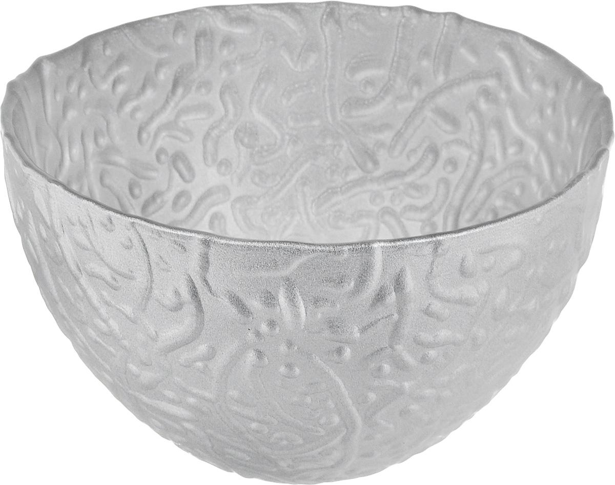 Салатник NiNaGlass Ажур, цвет: серебряный, диаметр 12 см83-040-Ф120_серебряныйСалатник NiNaGlass Ажур выполнен из высококачественного стекла и имеет рельефную поверхность. Он прекрасно впишется в интерьер вашей кухни и станет достойным дополнением к кухонному инвентарю. Не рекомендуется использовать в микроволновой печи и мыть в посудомоечной машине.