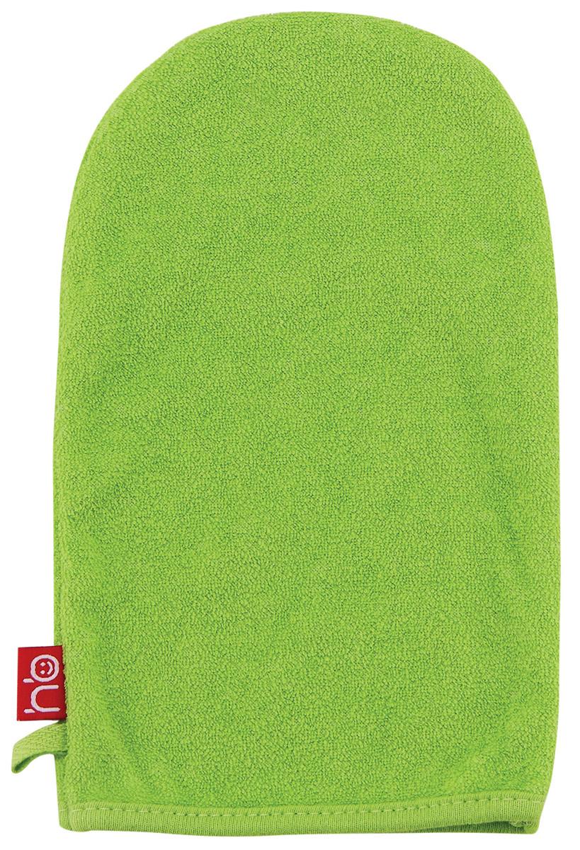 Happy Baby Мочалка-рукавица Wash&Bath цвет зеленый35005_зеленыйМочалка для детей Happy Baby Wash&Bath выполнена в виде рукавички, которая надевается на руку. Нежная и мягкая варежка из специального материала создана для купания самых маленьких. Мягкая ткань нежно массирует, удаляя загрязнения, оставляя кожу малыша чистой. Через ткань малыш чувствует руку мамы. Варежка Wash&Bath непременно привлечет внимание крохи и станет прекрасным поводом помыться самостоятельно, когда ваш ребенок подрастет.