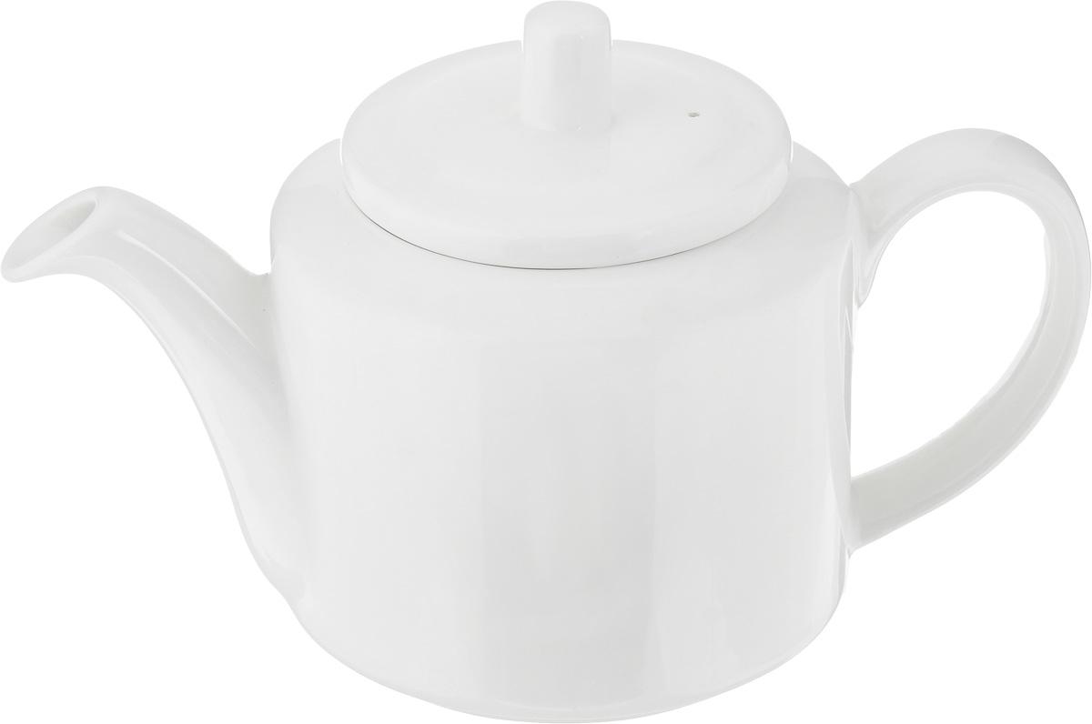 Чайник заварочный Ariane Прайм, 800 млAPRARN62080Заварочный чайник Ariane Прайм изготовлен из высококачественного фарфора. Глазурованное покрытие обеспечивает легкую очистку. Изделие прекрасно подходит для заваривания вкусного и ароматного чая, а также травяных настоев. Оригинальный дизайн сделает чайник настоящим украшением стола. Он удобен в использовании и понравится каждому. Можно мыть в посудомоечной машине и использовать в микроволновой печи. Диаметр чайника (по верхнему краю): 9,5 см. Высота чайника (без учета крышки): 11 см. Высота чайника (с учетом крышки): 14 см.