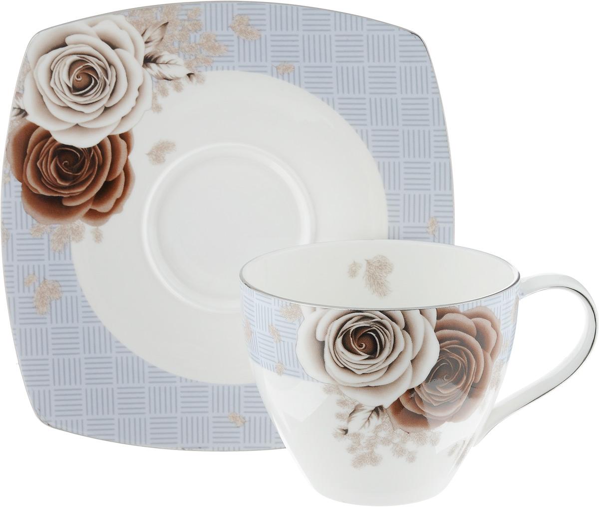 Чайная пара Дэниш, 2 предметаPR7983Чайная пара Дэниш состоит из чашки и блюдца, изготовленных из высококачественного фарфора. Красочность оформления придется по вкусу ценителям утонченности и изысканности. Диаметр чашки по верхнему краю: 9 см. Высота чашки: 7 см. Объем чашки: 280 мл. Размер блюдца: 15,5 см х 15,5 см.