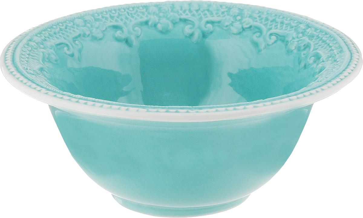 Салатник Azur, диаметр 17,5 см216682Элегантный салатник Azur, изготовленный из высококачественной керамики с глазурованным покрытием, прекрасно подойдет для подачи различных блюд: закусок, салатов или фруктов. Такой салатник украсит ваш праздничный или обеденный стол, а оригинальное исполнение понравится любой хозяйке. Диаметр салатника (по верхнему краю): 17,5 см. Высота салатника: 7 см.