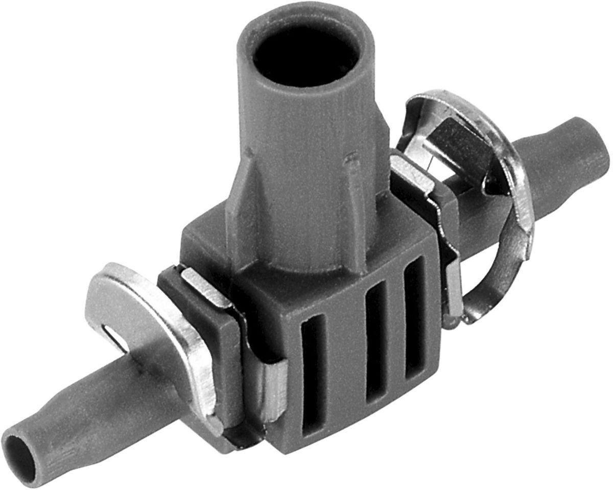 Соединитель Gardena, T-образный для микронасадок 4.6 мм (5 шт. 08332-29.000.0008332-29.000.00Соединитель Т-образный для микронасадок GARDENA является элементом системы микрокапельного полива GARDENA Micro-Drip-System и предназначен для крепления микронасадок на подающем шланге 4,6 мм (3/16 дюйма) в паре с направляющей (арт. 8327-20) или креплениями (арт. 8379-20). Соединитель оптимально подходит для удлинения микронасадок при использовании надставки (арт. 1377-20). Благодаря патентованной технологии быстрого подсоединения Quick & Easy, крепление капельницы к подающему шлангу диаметром 4,6 мм (3/16 дюйма) выполняется особенно просто. В комплект поставки входят пять Т-образных соединителей и пять заглушек