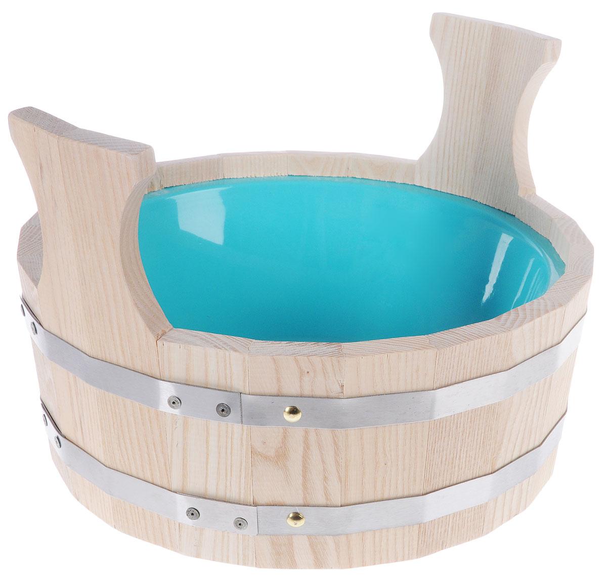 Шайка для бани Невский банщик, с пластиковым вкладышем, цвет: бежевый, бирюзовый, 4,5 лБ1042_бежевый, бирюзовыйШайка для бани Невский банщик круглой формы, выполненная из липы, прекрасно подойдет для замачивания веника или других банных процедур. Внутри шайки располагается пластиковая вкладка. Шайка является одной из тех приятных мелочей, без которых не обойтись при принятии банных процедур. Аксессуары для бани и сауны - это те приятные мелочи, которые приносят радость и создают комфорт. Диаметр шайки по верхнему краю: 34 см. Высота шайки (с учетом ручек): 23,5 см.