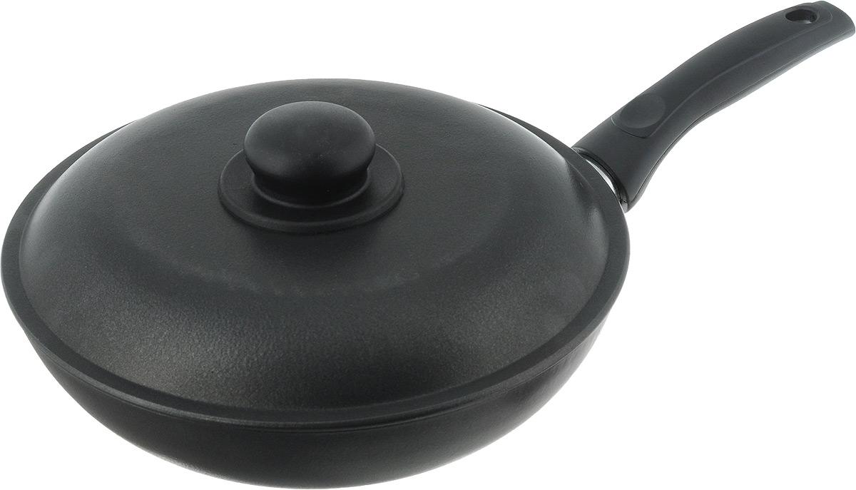 Сковорода Алита Сударыня с крышкой, с антипригарным покрытием. Диаметр 24 см11200Сковорода Алита Сударыня изготовлена из литого алюминия с двухсторонним антипригарным покрытием. Благодаря такому покрытию, пища не пригорает и не прилипает к стенкам, готовить можно с минимальным количеством масла и жиров. Гладкая поверхность обеспечивает легкость ухода за посудой. Сковорода оснащена удобной ручкой и крышкой с пластиковой ручкой. Подходит для использования на всех типах плит, кроме индукционных. Внутренний диаметр сковороды: 24 см. Высота стенки: 5,5 см. Длина ручки: 15,5 см.