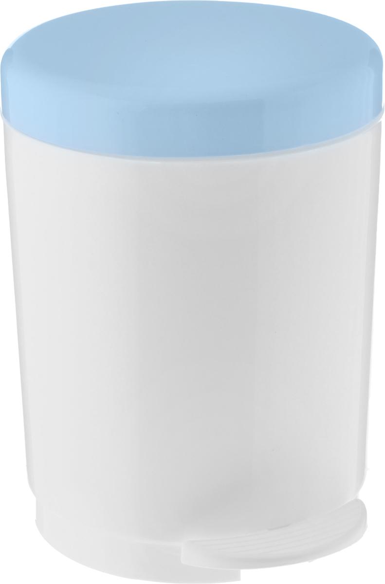Ведро для мусора Plastic Centre, с педалью, цвет: серо-голубой, белый, 6 л10503Ведро для мусора Plastic Centre изготовлено из прочного полипропилена. Ведро оснащено закрывающейся крышкой, которая открывается с помощью нижней педали. Надавив на педаль, вы положите мусор, не снимая крышку полностью. Ведро-вкладыш легко достается и моется. Такая модель прекрасно подойдет для различных хозяйственных нужд: для уборки или хранения мусора.Диаметр ведра (по верхнему краю): 20 см. Высота (без учета крышки): 24,5 см.Высота (с учетом крышки): 27,5 см.