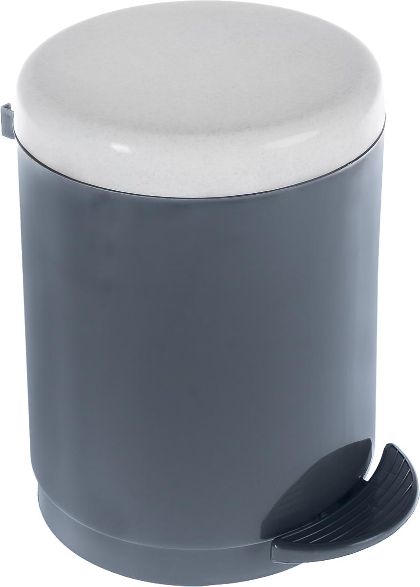 Ведро для мусора Plastic Centre, с педалью, цвет: мраморный, темно-серый, 6 лПЦ1306МРТСР-4РSВедро для мусора Plastic Centre изготовлено из прочного полипропилена. Ведро оснащено закрывающейся крышкой, которая открывается с помощью нижней педали. Надавив на педаль, вы положите мусор, не снимая крышку полностью. Ведро-вкладыш легко достается и моется. Такая модель прекрасно подойдет для различных хозяйственных нужд: для уборки или хранения мусора. Диаметр ведра (по верхнему краю): 20 см. Высота (без учета крышки): 24,5 см. Высота (с учетом крышки): 27,5 см.