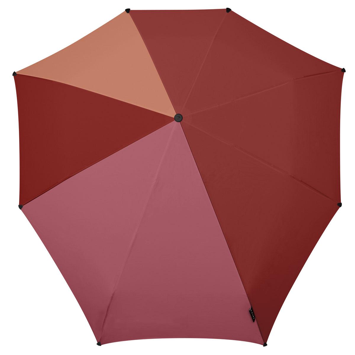 Зонт Senz, цвет: мультиколор. 10210541021054Инновационный противоштормовый зонт, выдерживающий любую непогоду. Входит в коллекцию global playground, разработанную в соответствии с современными течениями fashion-индустрии. Вдохновением для дизайнеров стали улицы городов по всему земному шару. На новых принтах вы встретите уникальный микс всего, что мы открываем для себя во время путешествий: разнообразие оттенков, цветов, теней, линий и форм. Зонт Senz отлично дополнит образ, подчеркнет индивидуальность и вкус своего обладателя. Легкий, компактный и прочный,он открывается и закрывается нажатием на кнопку. Закрывает спину от дождя, а благодаря своей усовершенствованной конструкции, зонт не выворачивается наизнанку даже при сильном ветре. Модель Senz automatic выдержала испытания в аэротрубе со скоростью ветра 80 км/ч. - тип — автомат - три сложения - выдерживает порывы ветра до 80 км/ч - УФ-защита 50+ - эргономичная ручка - безопасные колпачки на кончиках спиц - в комплекте...
