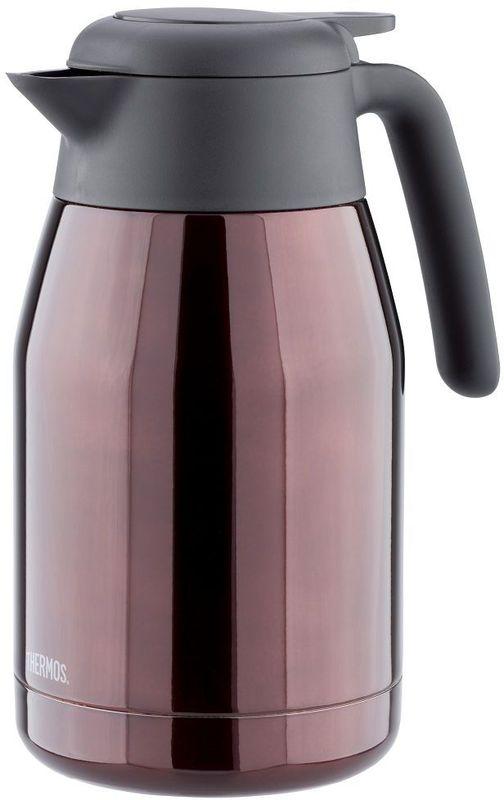 Термос-кувшин Thermos, цвет: коричневый, 1,5 л. THS 1500428813Термос-кувшин из нержавеющей стали для горячих и холодных жидкостей. В жаркий июльский полдень за столом дачной беседки наслаждайтесь прохладой напитков из кувшина THERMOS®!Кувшин предназначен для использования одной рукой: жидкость выливается при помощи легкого нажатия на рычаг над ручкой. Крышка с двойной изоляцией не только идеально сохраняет температуру внутри кувшина, но и надежно герметизирует его. В кувшин можно положить кубики льда. Оригинальная крышка не даст им упасть в стакан. Благодаря широкому горлу кувшин можно промыть, протерев внутреннюю колбу рукой. Крышка разборная. Её части удобно промыть по-отдельности.