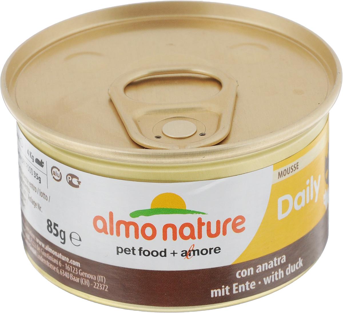 Консервы для кошек Almo Nature, нежный мусс с уткой, 85 г20347Консервы для кошек Almo Nature сохраняют свежесть каждого кусочка. Корм изготовлен только из свежих высококачественных натуральных ингредиентов, что обеспечивает здоровье вашей кошки. Не содержит ГМО, антибиотиков, химических добавок, консервантов и красителей. Состав: мясо и его производные (утка 4%), минералы, экстракт растительных волокон. Добавки: витамин A 1110 IU/кг, витамин D3 140 IU/кг, витамин E 10 мг/кг, таурин 490 мг/кг, сульфат меди пентагидрат 4,4 мг/кг (Cu 1.1 мг/кг). Технологические добавки: камедь кассии 3000 мг/кг. Пищевая ценность: белки 9,5%, клетчатка 0,4%, масла и жиры 6%, зола 2%, влажность 81%. Калорийность: 881 килокалорий/кг. Товар сертифицирован.