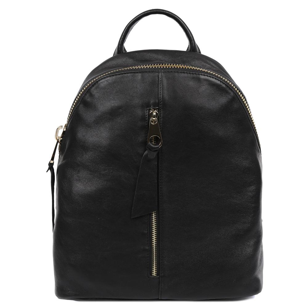 Рюкзак женский Galaday, цвет: черный. GD7372BP-001 BKЖенский рюкзак Galaday изготовлен из качественной натуральной кожи. Рюкзак имеет одно вместительное отделение и застегивается на застежку-молнию. Внутри отделения находятся дополнительные карманы. Лицевая сторона модели дополнена врезным карманом на молнии. Рюкзак оснащен ручкой для переноски и двумя наплечными ремнями, длину которых можно регулировать.