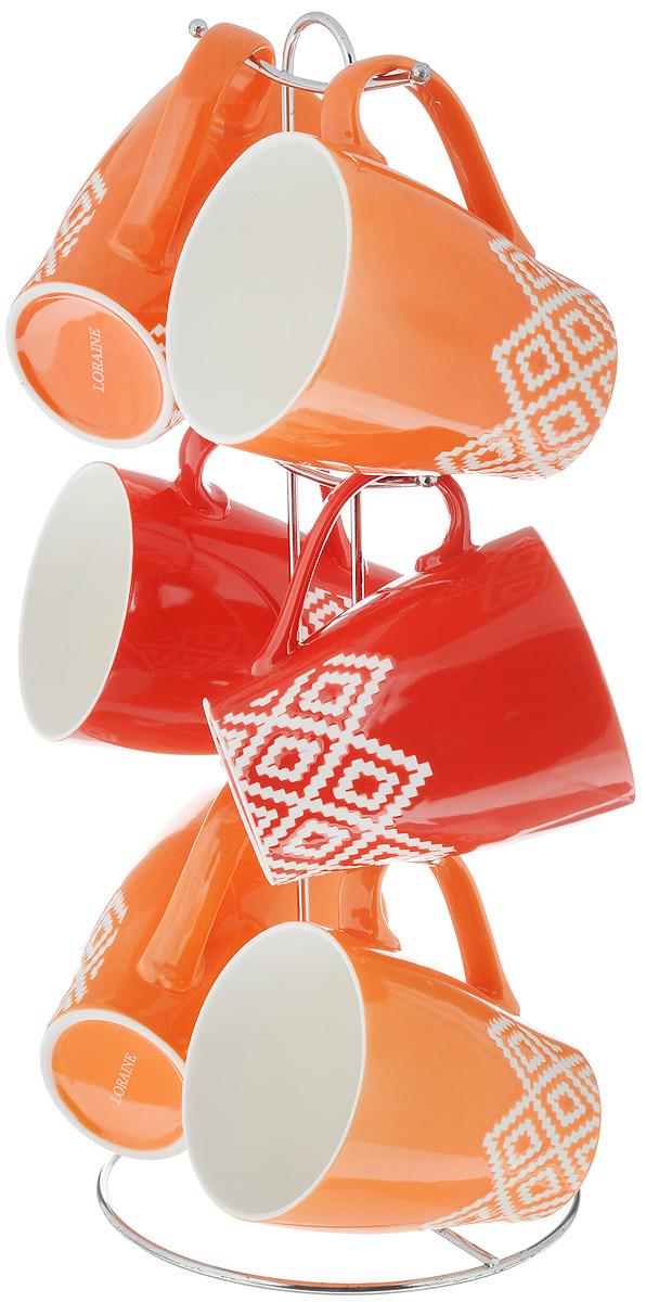 Набор чашек Loraine, на подставке, 7 предметов. 2464324643Набор Loraine состоит из 6 чашек, выполненных из высококачественной керамики и оформленных оригинальным принтом. Чашки подходят для горячих и холодных напитков. Изделия удобно располагаются на металлической подставке. Такой набор впишется в любой интерьер, а также станет отличным подарком на любой праздник. Можно мыть в посудомоечной машине и использовать в микроволновой печи. Диаметр чашки (по верхнему краю): 9 см. Высота чашки: 10,5 см. Объем: 390 мл. Размер подставки: 16 х 16 х 37 см.