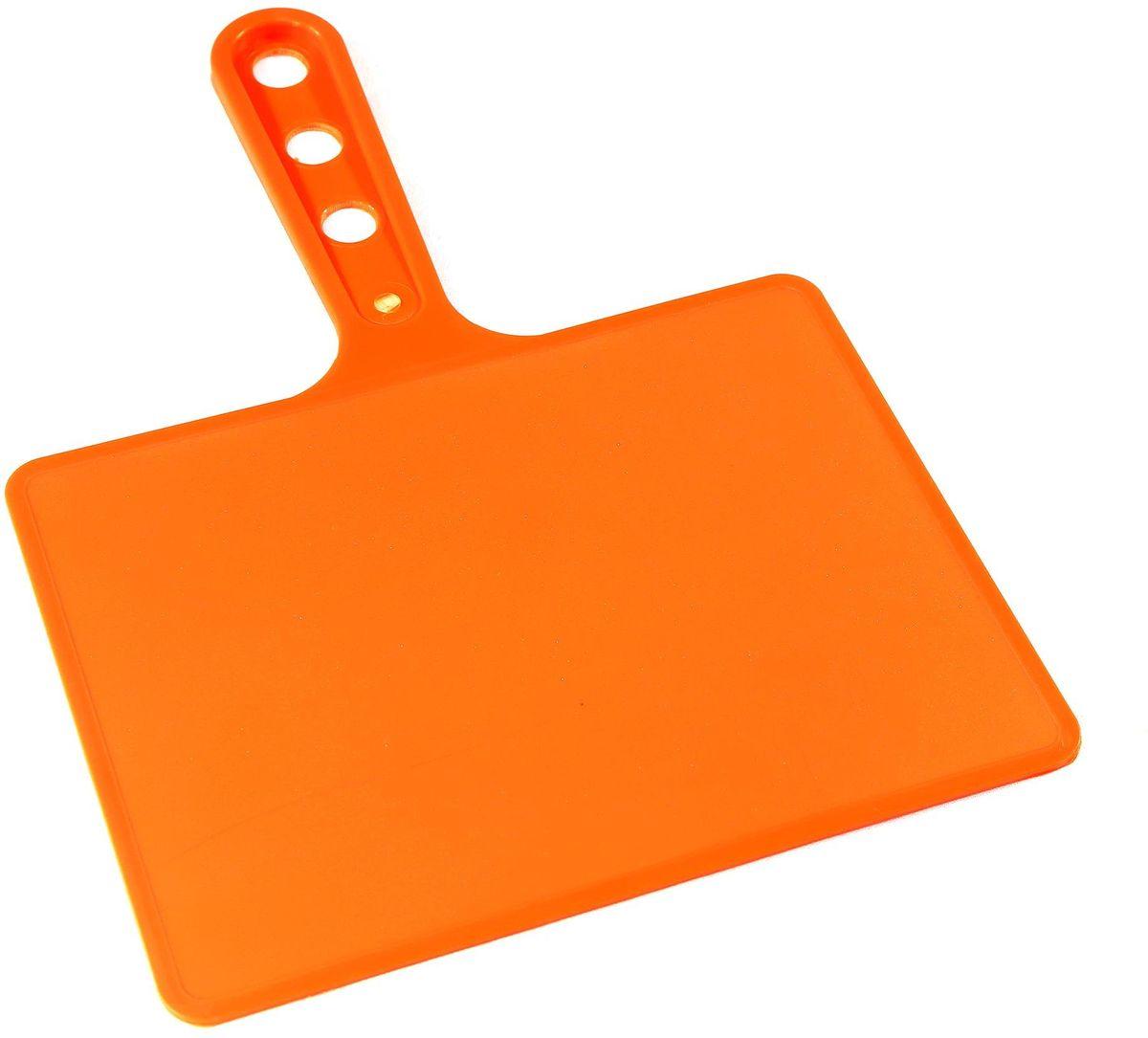 Веер для мангала BG, цвет: оранжевый. 150181150181-О, оранжевыйПредназначен для раздува углей в мангале. Изготовлен из высококачественного пластика(ПЭНД), одна сторона глянец, вторая шагрень. Ручка имеет 3 отверстия. Можно использовать как разделочную доску для мяса, нарезки овощей или хлеба. Рабочая поверхность выполнена в виде прямоугольника, размер: 197 х 148 мм.