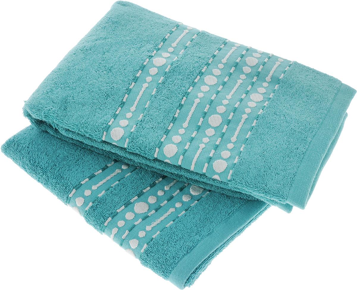 Набор махровых полотенец Toalla Волна, цвет: бирюзовый, 2 штZ-0307Набор Toalla Волна состоит из 2 прямоугольных махровых полотенец, выполненных из 100% хлопка. Ткань полотенец обладает высокой плотностью и мягкостью, отличается высоким качеством и длительным сроком службы. В процессе эксплуатации материал становится только мягче и приятней на ощупь. Египетский хлопок не содержит линта (хлопковый пух), поэтому на ткани не образуются катышки даже после многократных стирок и длительного использования. Сверхдлинные волокна придают ткани характерный красивый блеск. Полотенца отлично впитывают влагу и быстро сохнут. Такой набор красиво дополнит интерьер ванной комнаты и станет практичным приобретением. Полотенца оформлены изящным вышитым бордюром.