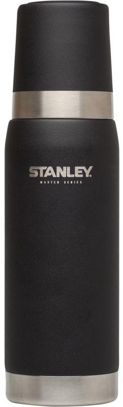 Термос Stanley Master, цвет: черный, 0,75 лАМNB-503Термос Stanley Master - это идеальный попутчик в дороге - не важно, по пути ли на работу, в школу или во время похода по магазинам. Корпус и внутренняя колба выполнены из нержавеющей стали 18/8 толщиной 1 мм. На корпус нанесена абразивостойкая эмаль, защищающая его от царапин и потертостей, а также имеющая стойкость к истиранию.Термос на 100% герметичен. Удержание тепла и холода - до 27 часов. В случае, если добавить лед в колбу, способен держать холод более 100 часов. Термос оборудован удобным стальным термостаканом с резиновой подкладкой.Подходит для мытья в посудомоечной машине.