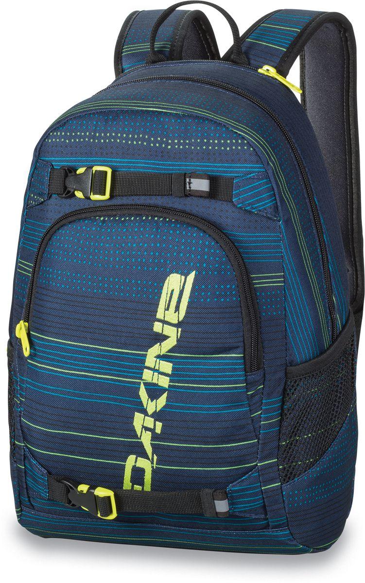 Рюкзак городской Dakine Grom, цвет: темно-синий, 13 лBP-001 BKГородской рюкзак Dakine Grom выполнен из полиэстера. Основным достоинством является удобная система крепления скейтборда. Модель с одним отделением застегивается на молнию. Имеет карман для солнцезащитных очков на флисовой подкладке, удобные регулируемые лямки с нагрудным регулируемым ремнем-фиксатором, боковые сетчатые карманы на резинках и удобную эргономичную спинку.