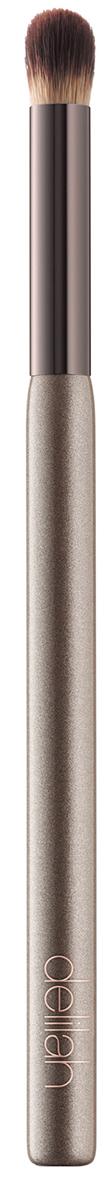Delilah Кисть для консилераDLL5006Эта необычная синтетическая кисть для консилера позволяет легко смешивать и растушевывать жидкие и кремообразные консилеры в зоне под глазами. Удлиненная ручка имеет эргономичное строение для контроля нанесения.