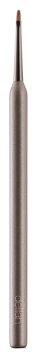 Delilah Кисть для подводкиDLL5010Это тонкая кисточка позволяет нарисовать идеально ровную линию подводкой на водяной или гелевой основе. Конусовидный кончик и удобная большая ручка помогут нанести лайнер быстро и просто.
