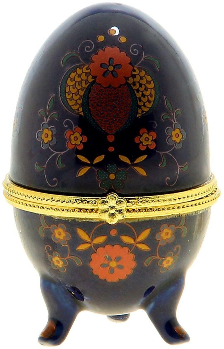 Шкатулка-яйцо Sima-land Цветы на синем фоне, 6 х 6 х 10 см855010Шкатулка-яйцо Цветы на синем фоне напоминает изящное яйцо Фаберже. Такая шкатулка станет прекрасным украшением Вашего дамского столика или полки в гостиной. Помимо этого шкатулочка будет актуальным подарком в весенний пасхальный день – Пасху. И конечно не забудьте про крашеные яйца!