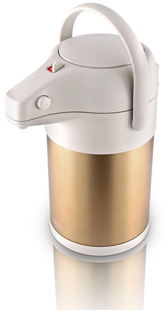 Термос Thermos, цвет: золотой матовый, 3 л. TAH-3000428974Термос из нержавеющей стали для долгого и приятного чаепития в большой компании. Технология создания глубокого вакуума между стенками термоса, изолированная крышка способствуют лучшей теплоизоляции, поднимают характеристики удержания температуры до фантастических значений! Вращающееся основание корпуса позволяет легко поворачивать термос на 360 градусов. Мощный ручной пневмонасос быстро наполняет чашки кипятком. Удобная ручка для переноски.