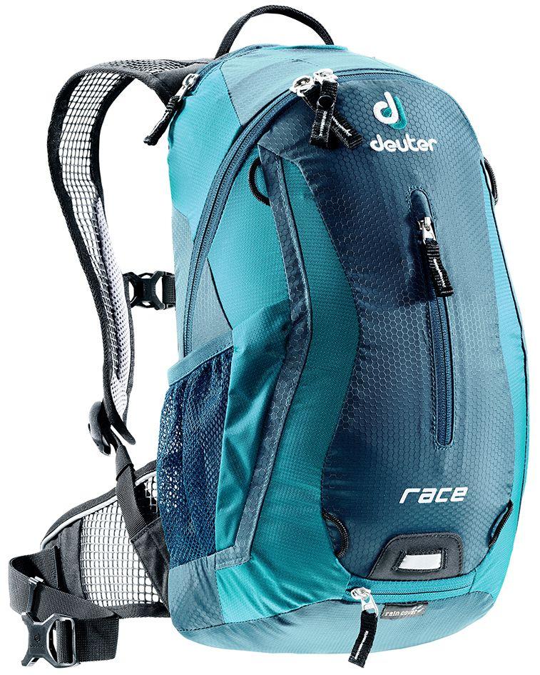 Рюкзак Deuter Race, цвет: голубой, темно-синий, 10 л32113_3356Небольшой легкий рюкзак каплевидной формы полностью повторяет изгибы вашей спины во время движения. Рюкзак обладает небольшим весом и отличной функциональностью. -Анатомические плечевые лямки и набедренный пояс с сетчатыми подушками обеспечивают идеальную посадку рюкзака -Наружный карман -Верхний карман с удобным доступом -Внутренний карман для ценных вещей -Отражатель 3M -Петля для крепления ночного габаритного фонарика Safety Blink -Крепления для системы снабжения питьевой водой -Чехол от дождя Объем, литр: 10 Вес, кг: 0.54 Размеры, см: 43x23x13 Материал: Diamond Lite / Ballistic Lite