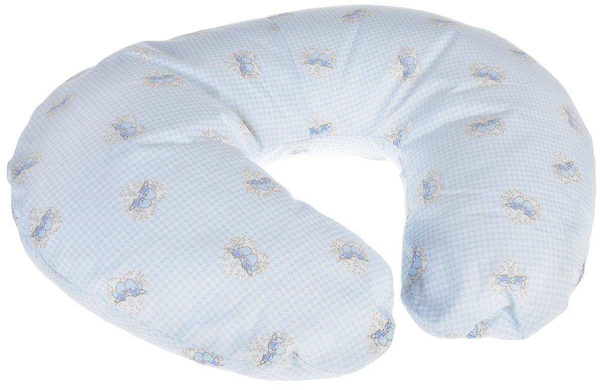 Plantex Подушка для кормящих и беременных мам Comfy Small Птички1030_голубой, птичкиМногофункциональная подушка Plantex Comfy Small. Птички идеальна для удобства ребенка и его родителей. Зачастую именно эта модель называется подушкой для беременных. Ведь она создана именно для будущих мам с учетом всех анатомических особенностей в этот период. На любом сроке беременности она бережно поддержит растущий животик и поможет сохранить комфортное и безопасное положение во время сна. Также подушка идеально подходит для кормления уже появившегося малыша. Позже многофункциональная подушка поможет ему сохранить равновесие при первых попытках сесть. Чехол подушки выполнен из 100% хлопка и снабжен застежкой-молнией, что позволяет без труда снять и постирать его. Наполнителем подушки служат полистироловые шарики - экологичные, не деформируются сами и хорошо сохраняют форму подушки. Подушка для кормящих и беременных мам Plantex - это удобная и практичная вещь, которая прослужит вам долгое время. Подушка поставляется в сумке-чехле.