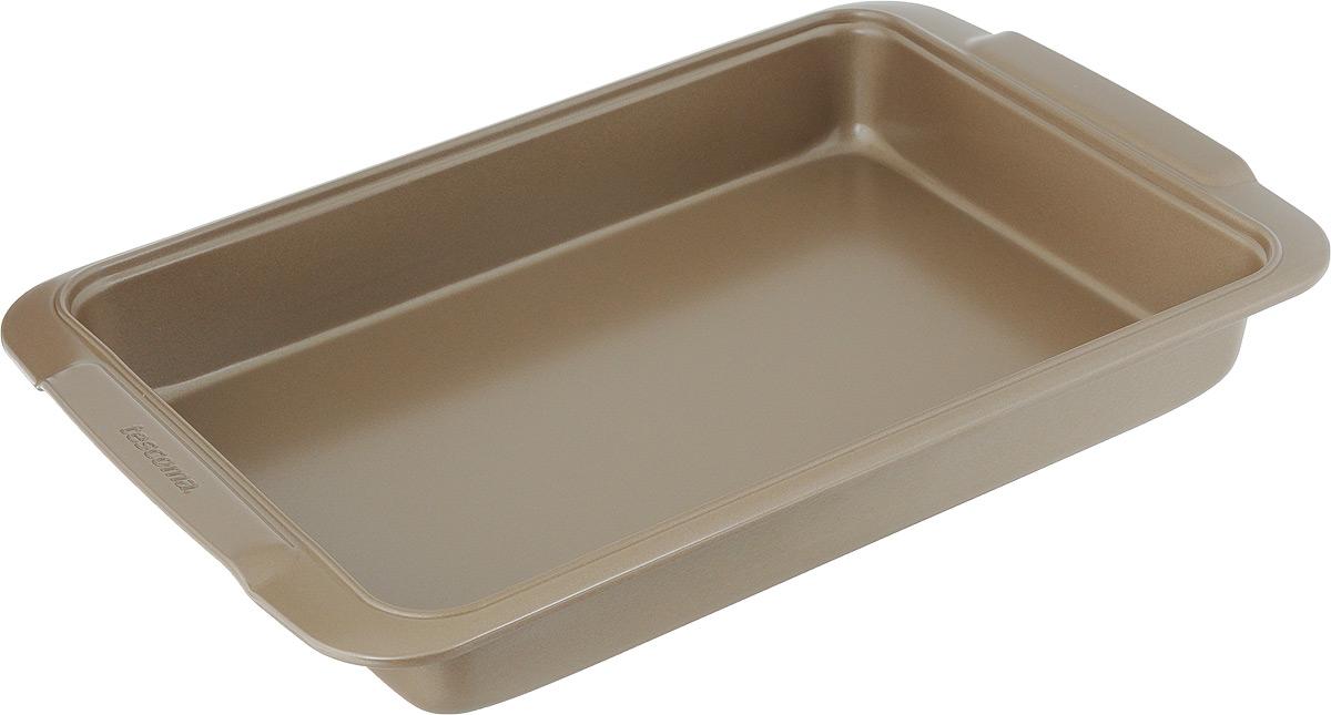 Противень Tescoma Delicia Gold, прямоугольный, с антипригарным покрытием, 39 х 26 см623522Глубокий противень Tescoma Gold, выполненный из высококачественной нержавеющей стали с антипригарным покрытием, идеально подойдет для приготовления домашней выпечки. Технология антипригарного покрытия способствует оптимальному распределению тепла. Противень легко чистить и мыть. Подходит для использования в духовом шкафу, в электрических, и газовых плитах. Размер противня (с учетом ручек): 39 х 26 х 6 см. Внутренний размер противня: 33,5 х 23,5 х 5,4 см.