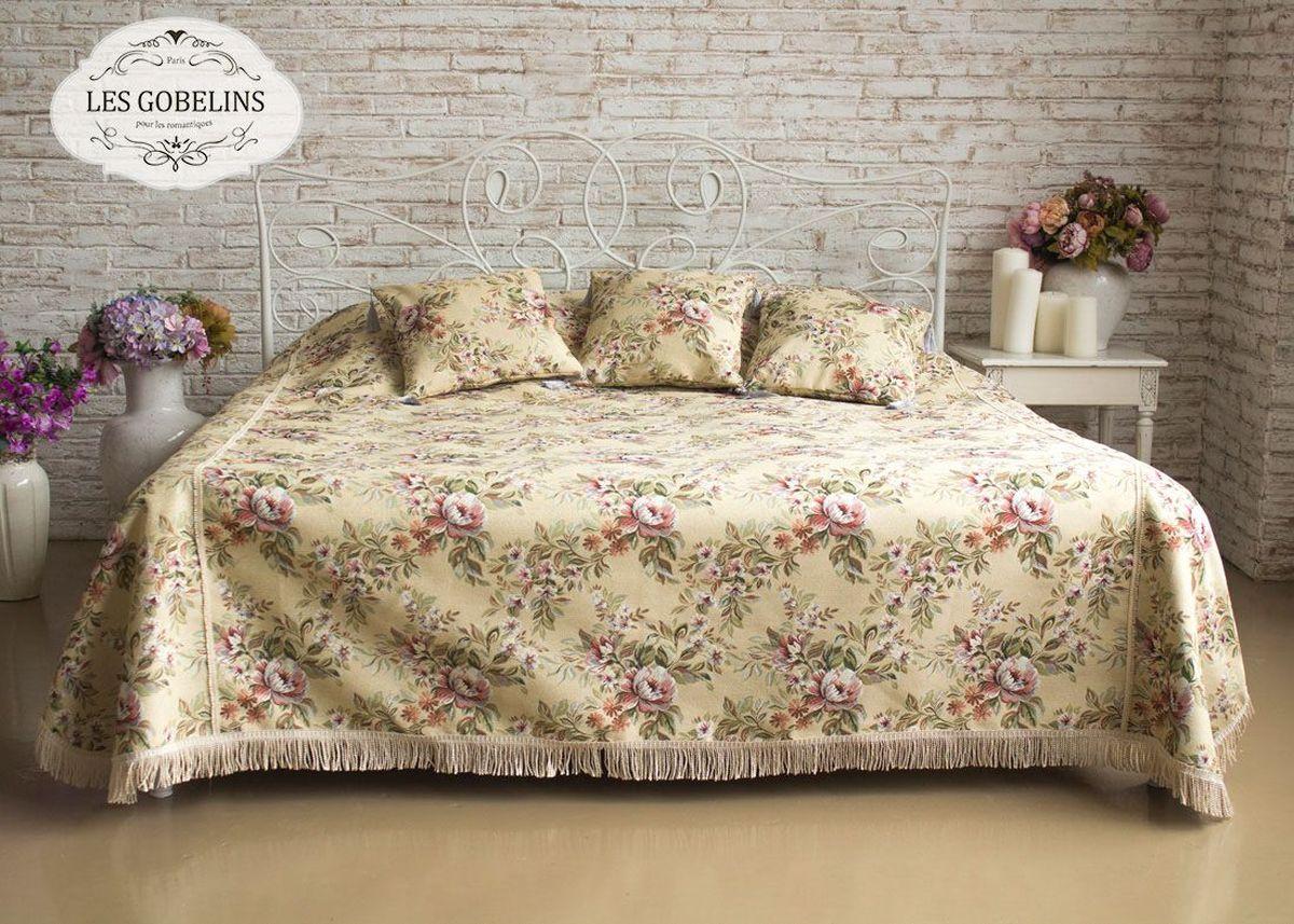Покрывало на кровать Les Gobelins Pivoines Aquarelles, 240 х 220 смlns186514Покрывало на кровать Les Gobelins Pivoines Aquarelles с ярким цветочным рисунком привлечет к себе внимание и органично впишется в интерьер комнаты. Изделие изготовлено из высококачественной ткани гобелен и оформлено бахромой и кисточками. Необычайная красота сочетается в этом покрывале с высокой прочностью и долговечностью, а свойство гобелена по-разному проявлять себя в зависимости от освещения помещения позволяет открывать все новые и новые детали, которые, как казалось, раньше скрывал гобелен.Красочное и приятное на ощупь покрывало сделает интерьер спальни, детской или гостиной уютнее и своеобразнее. Состав материала: 50% хлопок, 50% полиэстер.