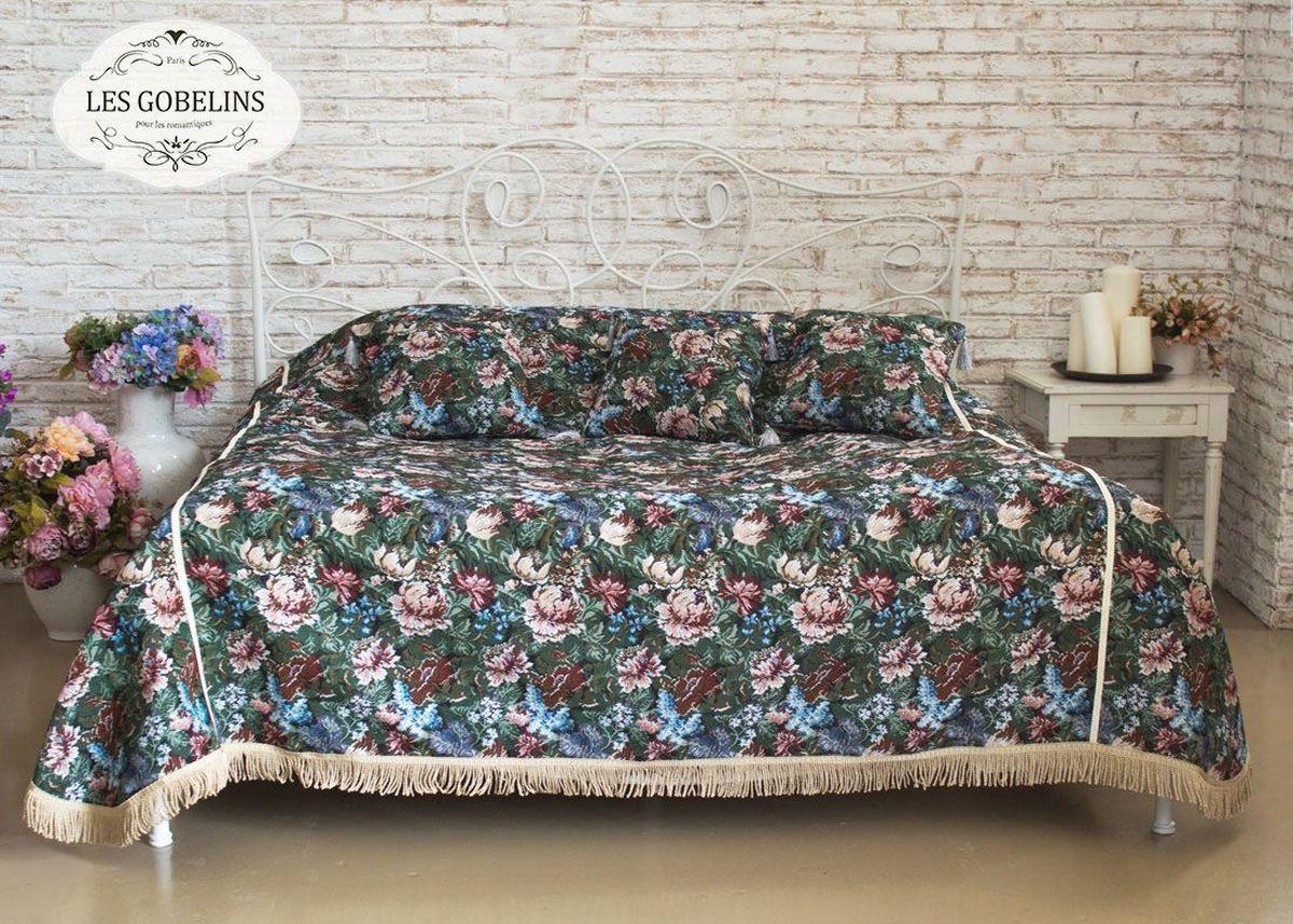 Покрывало на кровать Les Gobelins Jardin DAmerique, 240 х 220 см96515412Покрывало на кровать Les Gobelins Jardin DAmerique с ярким цветочным рисунком привлечет к себе внимание и органично впишется в интерьер комнаты. Изделие изготовлено из высококачественной ткани гобелен и оформлено бахромой и кисточками. Необычайная красота сочетается в этом покрывале с высокой прочностью и долговечностью, а свойство гобелена по-разному проявлять себя в зависимости от освещения помещения позволяет открывать все новые и новые детали, которые, как казалось, раньше скрывал гобелен.Красочное и приятное на ощупь покрывало сделает интерьер спальни, детской или гостиной уютнее и своеобразнее. Состав материала: 60% хлопок, 40% полиэстер.