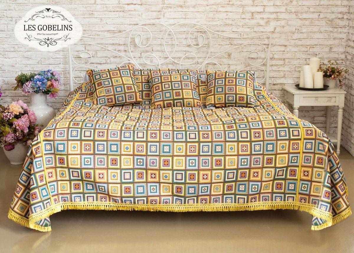 Покрывало на кровать Les Gobelins Labyrinthe, 150 х 220 см531-401Покрывало на кровать Les Gobelins Labyrinthe с ярким геометрическим рисунком привлечет к себе внимание и органично впишется в интерьер комнаты. Изделие изготовлено из высококачественной ткани гобелен и оформлено бахромой и кисточками. Необычайная красота сочетается в этом покрывале с высокой прочностью и долговечностью, а свойство гобелена по-разному проявлять себя в зависимости от освещения помещения позволяет открывать все новые и новые детали, которые, как казалось, раньше скрывал гобелен.Красочное и приятное на ощупь покрывало сделает интерьер спальни, детской или гостиной уютнее и своеобразнее. Состав материала: 52% хлопок, 48% полиэстер.