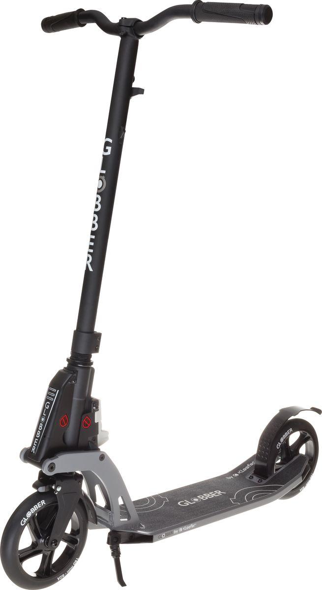 Самокат Globber My Too One K180, с тормозом , цвет: черный. 499-190499-190Самокат ONE K 180 оборудован фиксированным рулем и длинными ручками. Данная модель максимально комфортна для ежедневного использования. Доступны модификации самоката оборудованный ручным тормозом, а так же без него. Данная модель оснащена быстрой и простой в использовании системой складывания Kleefer, самокат можно собрать за одну секунду простым ударом по педали для того, чтобы беспрепятственно воспользоваться общественным транспортом.