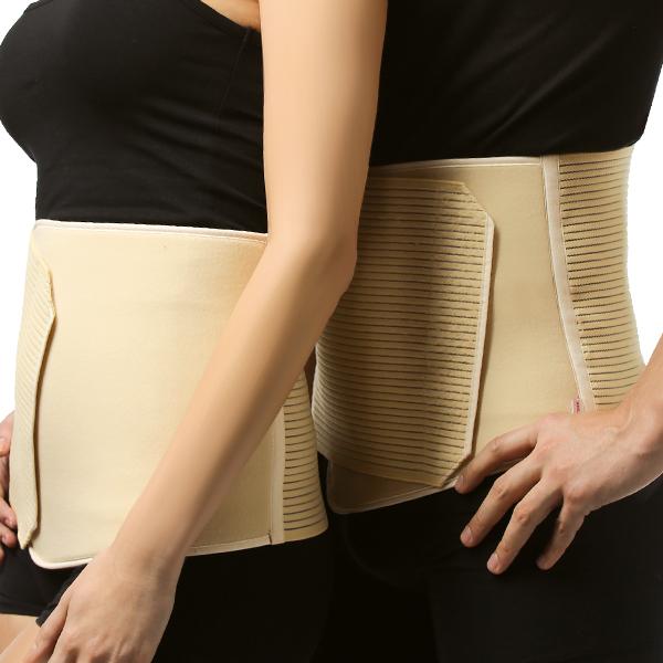 Бандаж Tonus Elast послеоперационный, софт. Размер 2GESS-131Бандаж послеоперационный предназначен для поддержания мышц брюшного пресса после операций, при грыжах, опущениях почек, а также женщинам после родов. Предназначен для поддержания мышц брюшного пресса после операций, опущениях почек, а также для поддержания мышц спины. Рекомендуется женщинам после родов для скорейшего восстановления тонуса мышц брюшного пресса. Послеоперационный пояс комфорт может использоваться как в условиях стационара, поликлиники, так и на дому. Подбирать размер необходимо по окружности талии, согласно шкале, указанной на упаковке. Носят пояс, надевая непосредственно на тело или хлопчатобумажное белье. Благодаря застежке velcro пояс можно самостоятельно регулировать, учитывая особенности фигуры. Надевать изделие рекомендуется в положении лежа на спине на ровной жесткой или полужесткой поверхности. Пояс должен плотно прилегать к телу и в таком положении его необходимо зафиксировать с помощью застежки velcro. При ношении пояс вызывает легкое ощущение подтянутости в области живота. Следует обратить внимание на хорошее кровоснабжение мягких тканей. Время использования пояса от 2 до 24 часов в сутки в зависимости рекомендаций лечащего врача.