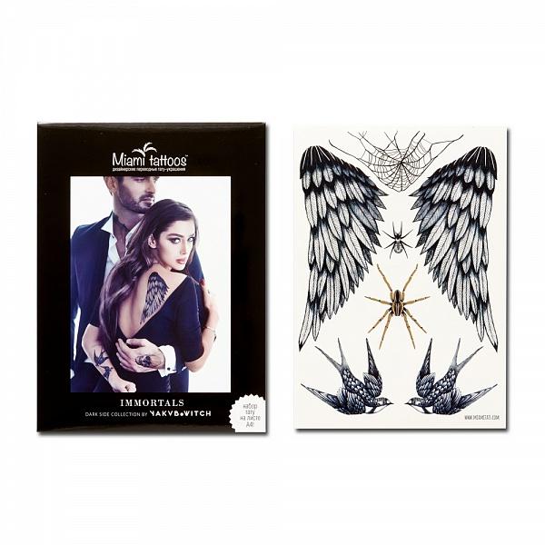 Переводные тату Miami Tattoos Dark Side Immortals, 1 лист 29,7см*21смMT0038Miami Tattoos - это дизайнерские переводные тату-украшения. Крылья во всю спину или ласточки на запястьях - с коллекцией Dark Side Immortals ощущение полета неизбежно! Тонкая прорисовка этих узоров не дает шанса усомниться в том, что татуировки настоящие. Для производства Miami Tattoos используются только качественные,?яркие?и?стойкие?краски. Они?не вызывают аллергию и держатся?до семи?дней!