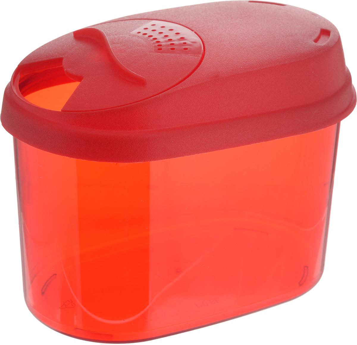 Банка для сыпучих продуктов Giaretti, с дозатором, цвет: красный, 0,8 лGR3610_красныйБанка для сыпучих продуктов Giaretti выполнена из высококачественного пластика. Банка предназначена для хранения круп, сахара, макаронных изделий и в том числе для продуктов с ярким ароматом (специи и прочее). Плотно прилегающая крышка не пропускает запахи содержимого в шкаф для хранения, при этом продукт не теряет своего аромата. Двойной дозатор предназначен для мелких и крупных сыпучих продуктов. Можно мыть в посудомоечной машине. Объем: 0,8 л. Размер (по верхнему краю): 14,5 x 8,5 см. Высота (с учетом крышки): 11 см.