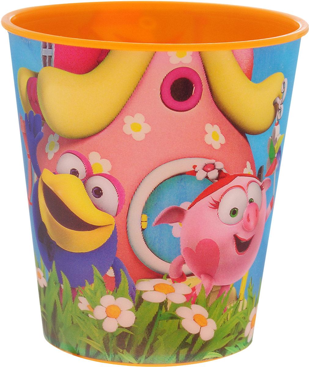 Смешарики Стакан детский 280 млSMT280-01Детский стакан Смешарики непременно станет любимым стаканчиком малыша. Стакан выполнен из прочного безопасного полипропилена и оформлен изображением героев мультсериала Смешарики. Благодаря безопасному материалу, стакан подойдет для любых напитков. Объем стакана - 280 мл. Яркий детский стаканчик непременно порадует ребенка и станет отличным подарком для любого маленького поклонника сериала Смешарики. Стакан не подходит для использования в СВЧ-печах и посудомоечных машинах.