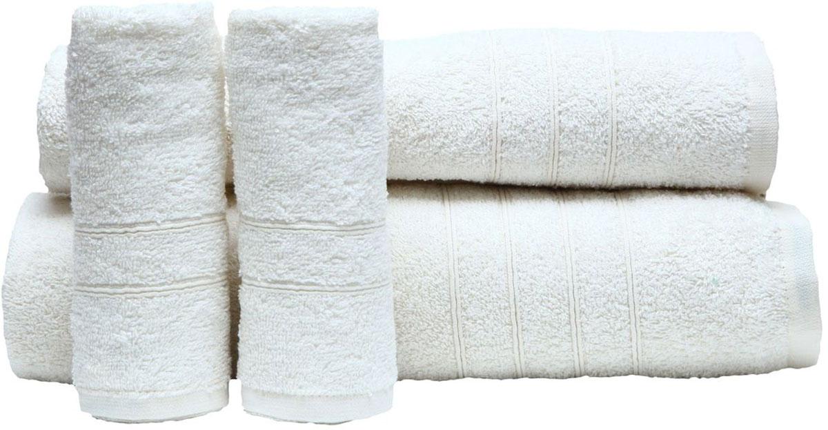 Набор полотенец Proffi Home, цвет: белый, 4 шт. PH8394PH8394_whiteПри изготовлении махровых полотенец используется качественный 100 % хлопок. Махровые полотенца будут приятным добавлением в интерьере ванной комнаты. Мягкое махровое полотенце отлично впитывает влагу и быстро сохнет, детям приятно в него завернуться после принятия ванны или посещения сауны. Набор их 4 махровых полотенец разных размеров (70*140, 50*100, 30*50 - 2 шт) будет отличным подарком на любой праздник.