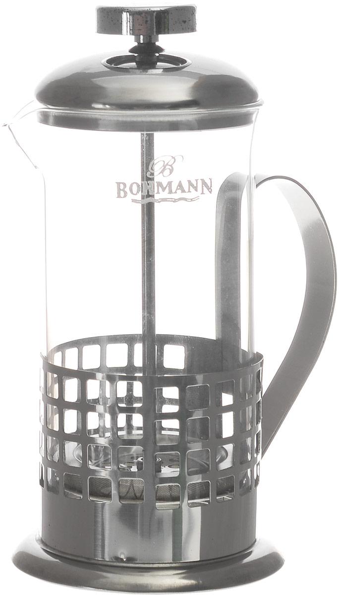 Френч-пресс Bohmann Квадраты, 350 мл9535BH_квадратыФренч-пресс Bohmann Квадраты используется для заваривания крупнолистового чая, кофе среднего помола, травяных сборов. Изготовлен из высококачественной нержавеющей стали и термостойкого стекла, выдерживающего высокую температуру, что придает ему надежность и долговечность. Френч-пресс Bohmann Квадраты незаменим для любителей чая и кофе. Можно мыть в посудомоечной машине. Объем: 350 мл. Высота (с учетом крышки): 18 см. Диаметр (по верхнему краю): 7,5 см.