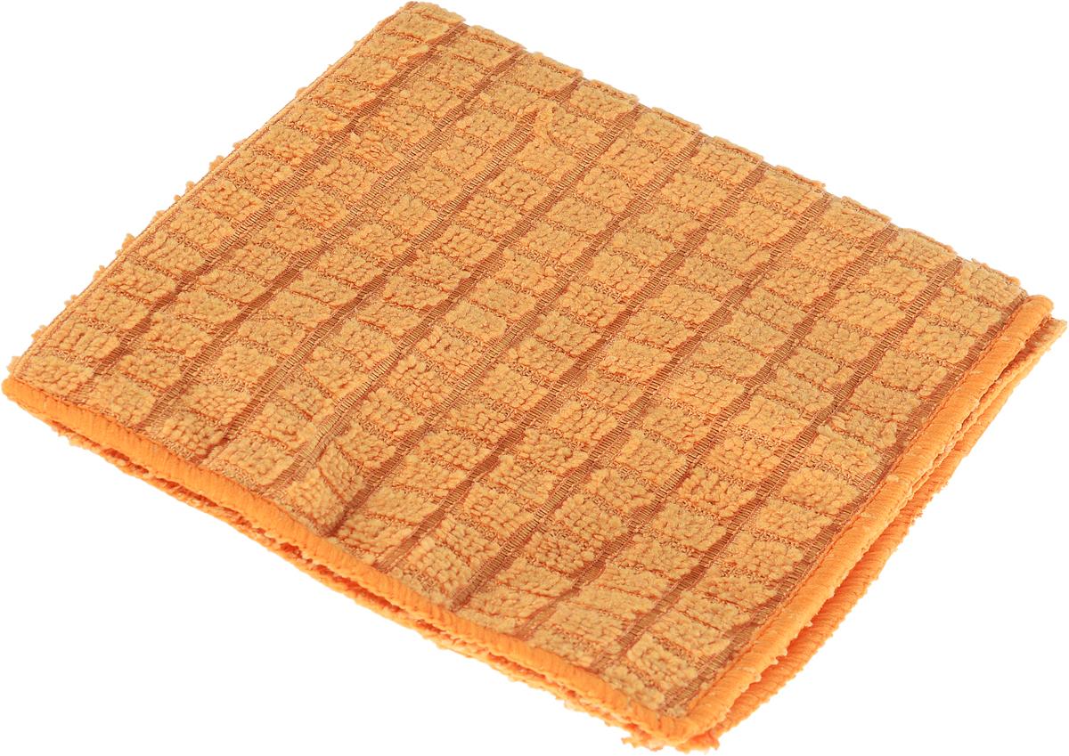Салфетка для полировки Хозяюшка Мила, 30 см х 30 см04004Салфетка для полировки Хозяюшка Мила выполнена из микрофибры. Микрофибра – уникальный, прочный, новаторский, гипоаллергенный материал. Сложная структура волокна состоит из двух синтетических волокон: внешняя поверхность – полиэстер (20%) и внутренняя часть – полиамид (80%). Особая структура волокон позволяет буквально втягивать все виды частиц пыли внутрь волокна, надёжно удерживая её. Микрофибра устраняет микробы и бактерии с поверхности. Салфетка предназначена для полировки любых поверхностей: ламинированной, деревянной, кожаной мебели, хромированных и металлических поверхностей, стёкол и зеркал. Не оставляет разводов и ворсинок, прекрасно впитывает влагу, делает поверхность блестящей, как после применения полирующих средств. Размер салфетки: 30 см х 30 см.