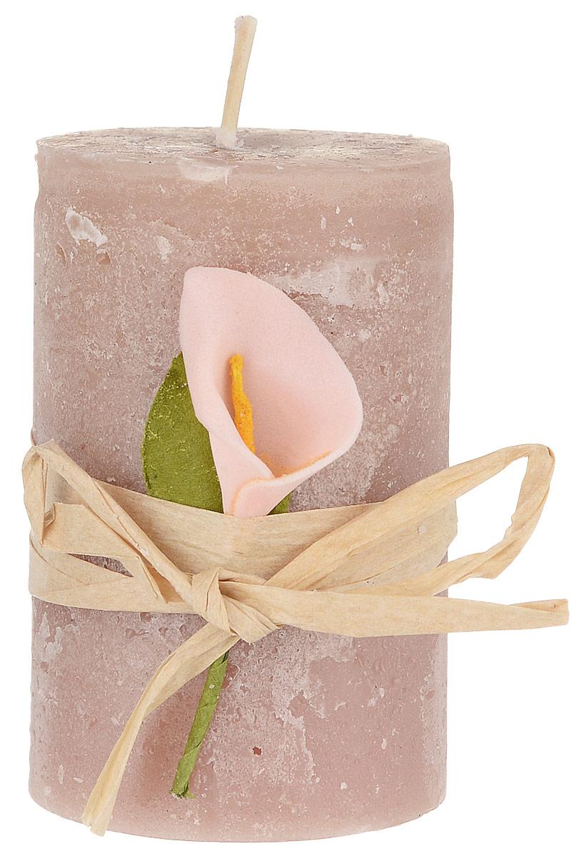Свеча ароматизированная Sima-land Корица, высота 7 см. 907685907685Ароматизированная свеча Sima-land Корица изготовлена из воска и оформлена декоративным цветком. Изделие отличается оригинальным дизайном и приятным ароматом корицы. Такая свеча может стать отличным подарком или дополнить интерьер вашей комнаты.