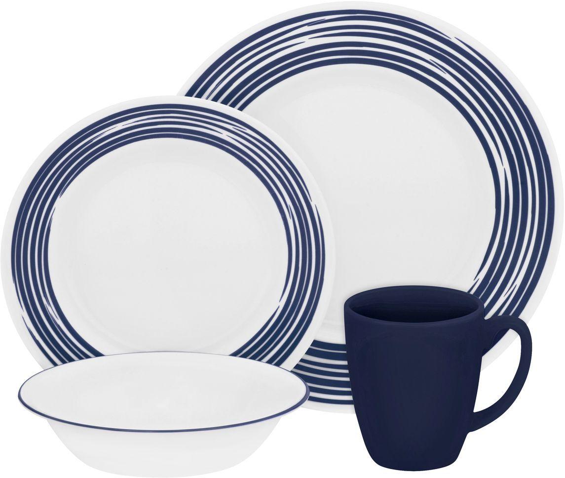 Набор столовой посуды Corelle Brushed Cobalt Blue, 16 предметов. 11170301117030Посуда Corelle мирового бренда WorldKitchen сделана из материала Vitrelle. Стекло Vitrelle является экологически чистым материалом без посторонних добавок. Идеальный белый цвет посуды достигается путем сверхвысокой термической обработки компонентов. Vitrelle сверхпрочный материал, используемый для столовой посуды, изобретенный в начале 1970х в Соединенных Штатах Америки. Материал сделан из трех слоев стекла спеченных вместе. Посуда Vitrelle тонка и легка при том, что является более ударопрочной по сравнению с обычной столовой посудой. Соль, полевой шпат, известняк, и 2 других вида соли попадают в печь, где при 1400 градусов Цельсия превращаются в жидкое стекло. Стекло заливается в молды, где соединяются 3 слоя в один. Края посуды обрабатываются огненной полировкой. Проходя через дополнительную обработку, три слоя приобретают сверхпрочность. Путем шелкографии на днище наносится бренд, а так же дополнительная информация. Узор на посуде так же наносится путем шелкографии. Готовая посуда...