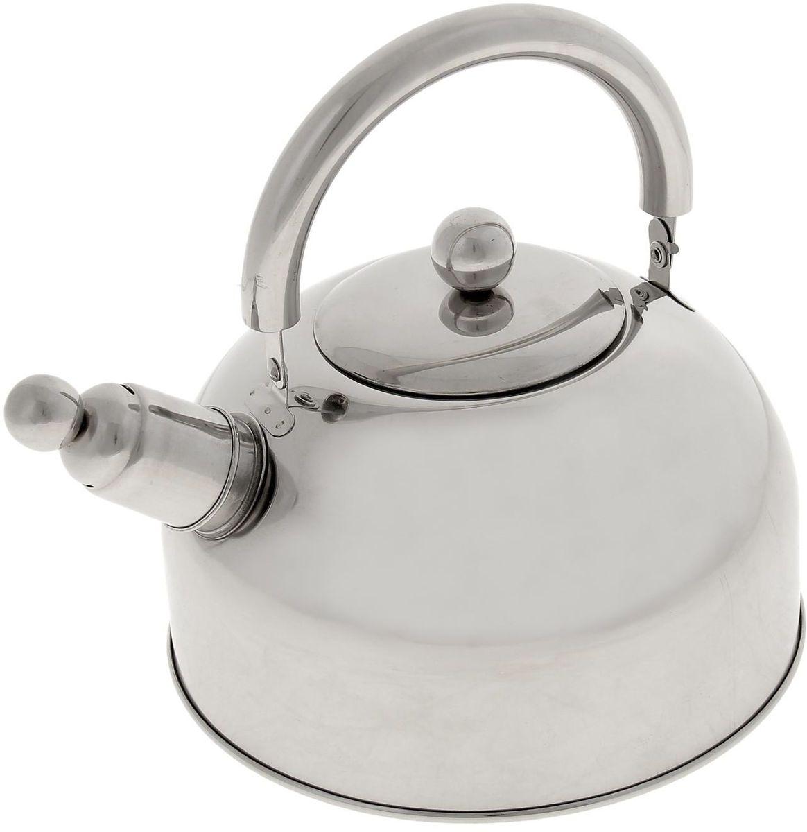 Чайник Доляна Классика, со свистком, 2,5 л851932Бытовая посуда из нержавеющей стали славится неприхотливостью в уходе и безукоризненной функциональностью. Коррозиестойкий сплав обеспечивает гигиеничность изделий. Чайники из этого материала абсолютно безопасны для здоровья человека. Чем привлекательна посуда из нержавейки? Чайник из нержавеющей стали станет удачной находкой для дома или ресторана: благодаря низкой теплопроводности модели вода дольше остается горячей; необычный дизайн радует глаз и поднимает настроение; качественное дно гарантирует быстрый нагрев. Как продлить срок службы? Ухаживать за новым приобретением элементарно просто, но стоит помнить о нескольких нехитрых правилах. Во-первых, не следует применять абразивные инструменты и сильнохлорированные моющие средства. Во-вторых, не оставляйте пустую посуду на плите. В-третьих, если вы уезжаете из дома на длительное время - выливайте воду из чайника. Если на внутренней поверхности изделия появились пятна, используйте для их удаления несколько капель уксусной или лимонной...
