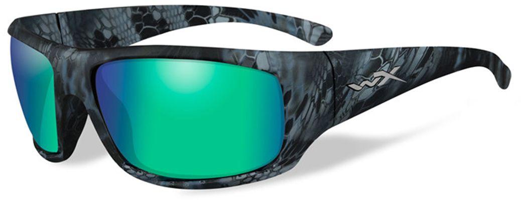 Очки солнцезащитные WileyX Omega Polarized, для охоты, рыбалки и активного отдыха, цвет: Emerald Mirror, Amber (Kryptek Neptune)3038Зеркальные изумрудно-янтарные поляризованные линзы, с многослойным покрытием, разработаны специально для усиления цветового контраста и обеспечения высокого уровня визуального восприятия. Данная модель обеспечивает превосходные характеристики четкочти цветов и остроты зрения при любых условиях освещенияПОЛЯРИЗАЦИОННЫЙ ФИЛЬТР 8ТМЗапатентованная WileyX технология поляризации линз обеспечивает 100% поляризацию и 100% защиту от ультрафиолетовых лучей для непревзойденной четкости и контрастности изображения.ЗАЩИТА ОТ УДАРОВ НА ВЫСОКОЙ СКОРОСТИОправа и линзы должны выдерживать удар тяжелого снаряда весом 500 гр, падающего с высоты 127 смПРОЧНОЕ ПОКРЫТИЕУстойчивое к царапинам покрытие защищает линзы от механических повреждений и продлевает срок их службы.АНТИБЛИКОВОЕ ПОКРЫТИЕАнтибликовое покрытие устраняет нежелательные отражения с поверхностей линз. ВОДООТТАЛКИВАЮЩЕЕ ПОКРЫТИЕВодоотталкивающее покрытие обеспечивает скатывание воды с поверхности линз. Используется только на поляризационных линзах.