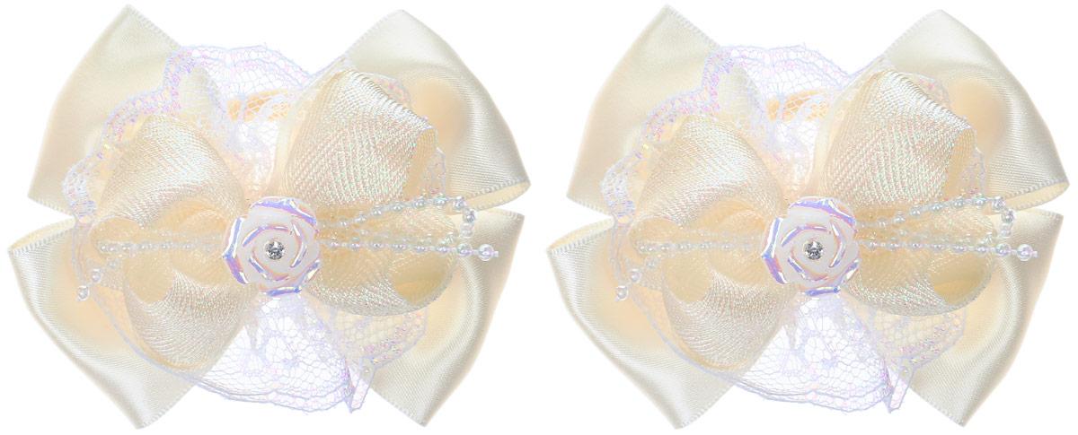 Babys Joy Резинка для волос Розочка цвет молочный 2 шт MN 207/2Серьги с подвескамиРезинка для волос Babys Joy Розочка изготовлена из текстиля и дополнена двумя бантиками с декоративным элементом в виде розочки со стразом.Резинка надежно зафиксирует волосы и подчеркнет красоту прически вашей маленькой модницы.Рекомендовано для детей старше трех лет.В наборе 2 резинки для волос.
