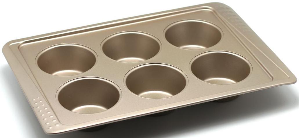 Форма для выпечки маффинов Zanussi Turin, 6 ячеек, цвет: бронзовый. ZAC39112CFZAC39112CFКоллекция форм серии Turin является хорошим приобретением любой хозяйки. Товар бренда Zanussi - металлические формы - пользуется высоким спросом, его отличает высокое качество и удобный размер. Изделия выполнены из толстой углеродистой стали. Форма имеет антипригарное покрытие и утолщенные стенки, которые гарантируют равномерное пропеканиеизделия. Можно использовать в духовке до 230 градусов. Главное преимущество стальных форм - это абсолютная химическая нейтральность и экологичность.