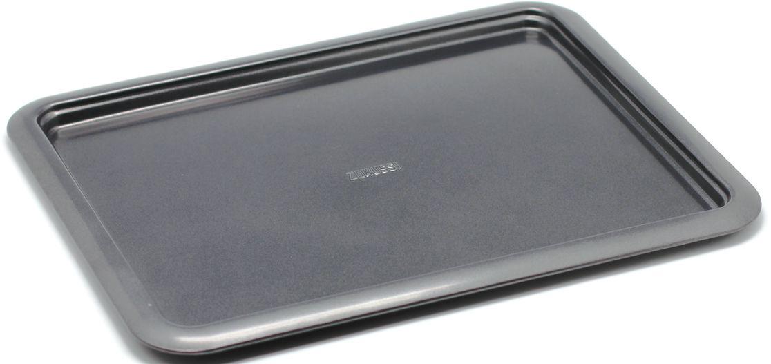 Противень Zanussi Taranto, 41,5 х 32 х 1,6 см, цвет: черный. ZAC39211BFZAC39211BFКоллекция форм серии Taranto является хорошим приобретением любой хозяйки. Товар бренда Zanussi - металлические формы - пользуется высоким спросом, его отличает высокое качество и удобный размер. Изделия выполнены из толстой углеродистой стали. Форма имеет антипригарное покрытие и утолщенные стенки, которые гарантируют равномерное пропекание изделия. Можно использовать в духовке до 230 градусов. Главное преимущество стальных форм - это абсолютная химическая нейтральность и экологичность.