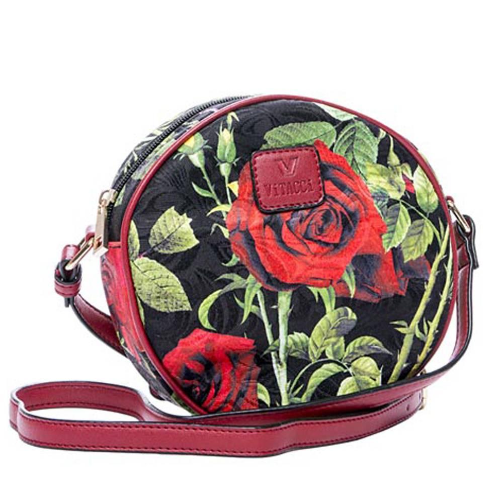 Сумка детская Vitacci, цвет: черный, красный. 13772-513772-5Детская стильная сумочка Vitacci выполнена из качественного текстиля. Сумка имеет одно вместительное отделение и застегивается на застежку-молнию. Спереди сумка дополнена декоративной нашивкой с названием бренда. Модель выполнена в форме круга и оформлена принтом с розами. Сумка оснащена несъемным наплечным ремнем, который регулируется по длине.